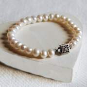 Classic White Pearl Bracelet With Vintage Style Square Clasp