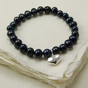 Stretch Black Pearl Bracelet With 14mm Heart Charm